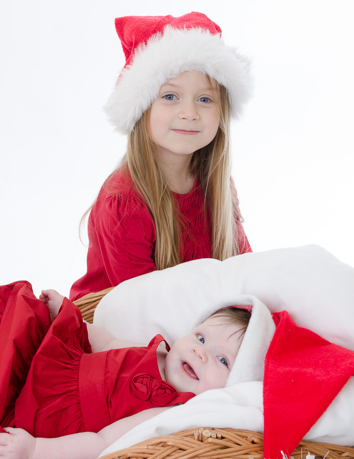 Blandford Family Portrait Photographer Sisters at Christmas